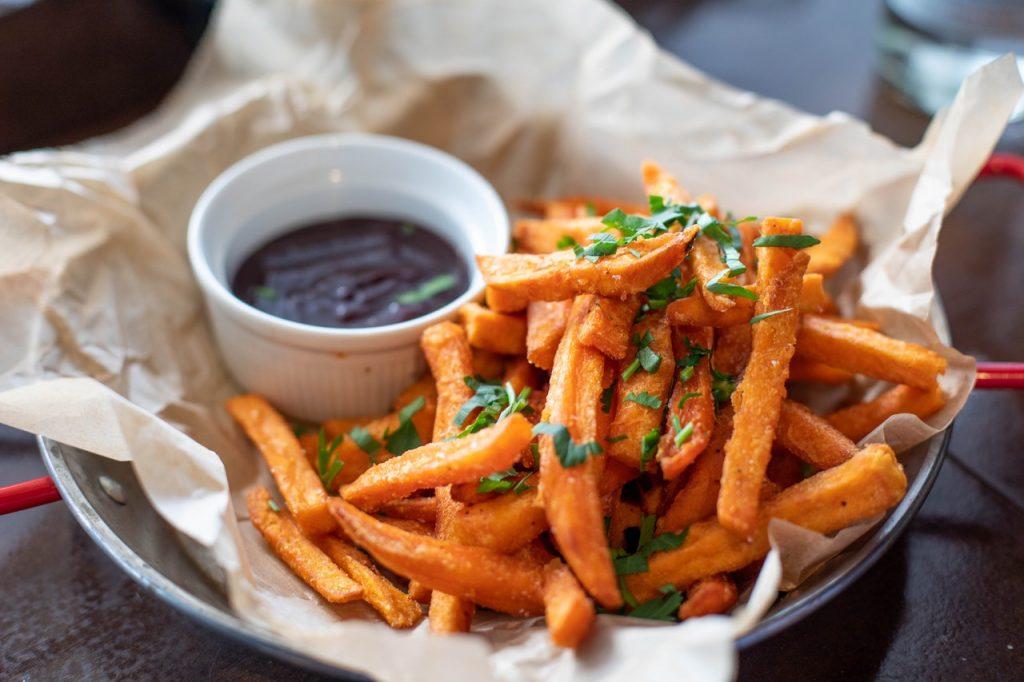 Pommes & Kartoffelspezialitäten